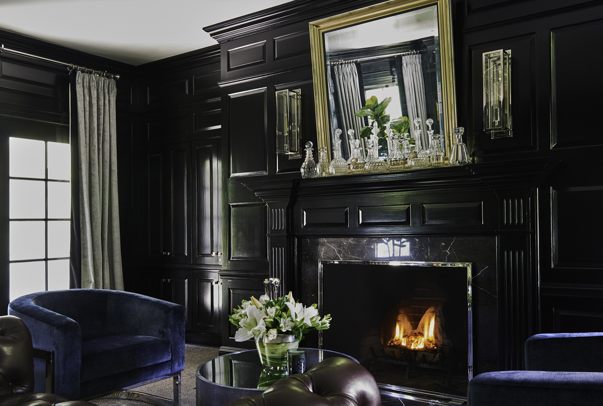 Roughan-Interiors-Classic-New-Canaan-Estate-15